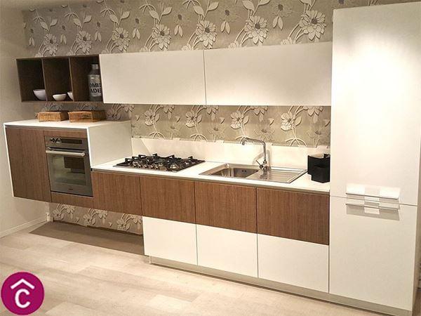 Negozio di Cucine Moderne su Misura, Arredi per Casa e Ufficio Bari ...
