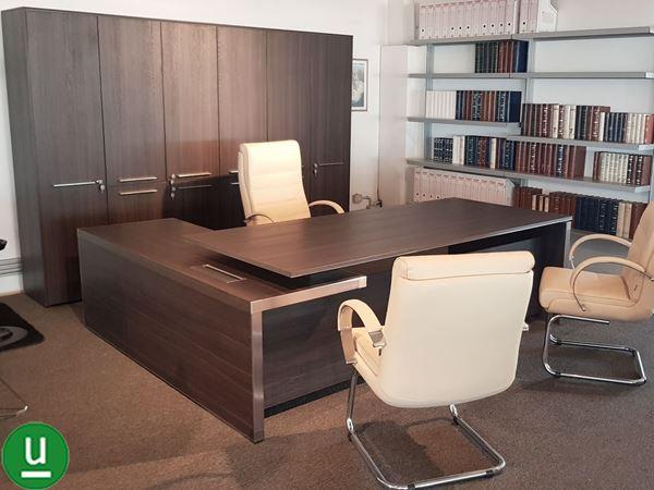 Dos srl bari arredo ufficio con scrivania e mobile for Las mobili ufficio